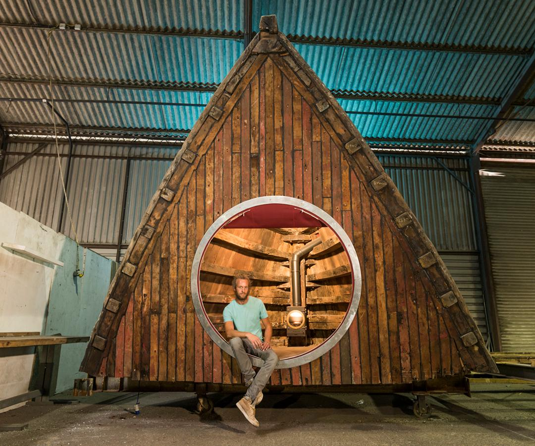 The Boat Pod was built by Barnaby Dearsly as a writer's retreat, garden folly, artist studio, and children's hideaway