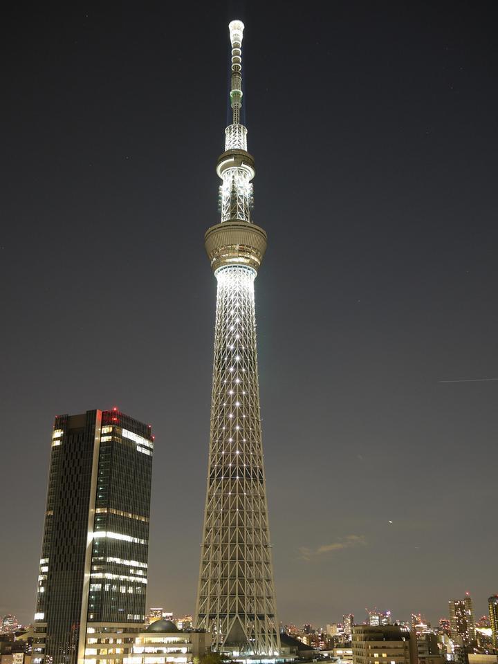 The Sky Tree illuminated at night time, December 2011 (Photo: Yoshikazu Takada)