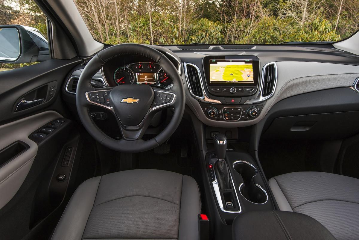 Technology options in the 2018 Chevrolet Equinoxinclude parking assistance, blind spot alerts, forward automatic braking, lane keep assist, and a 360-degree camera