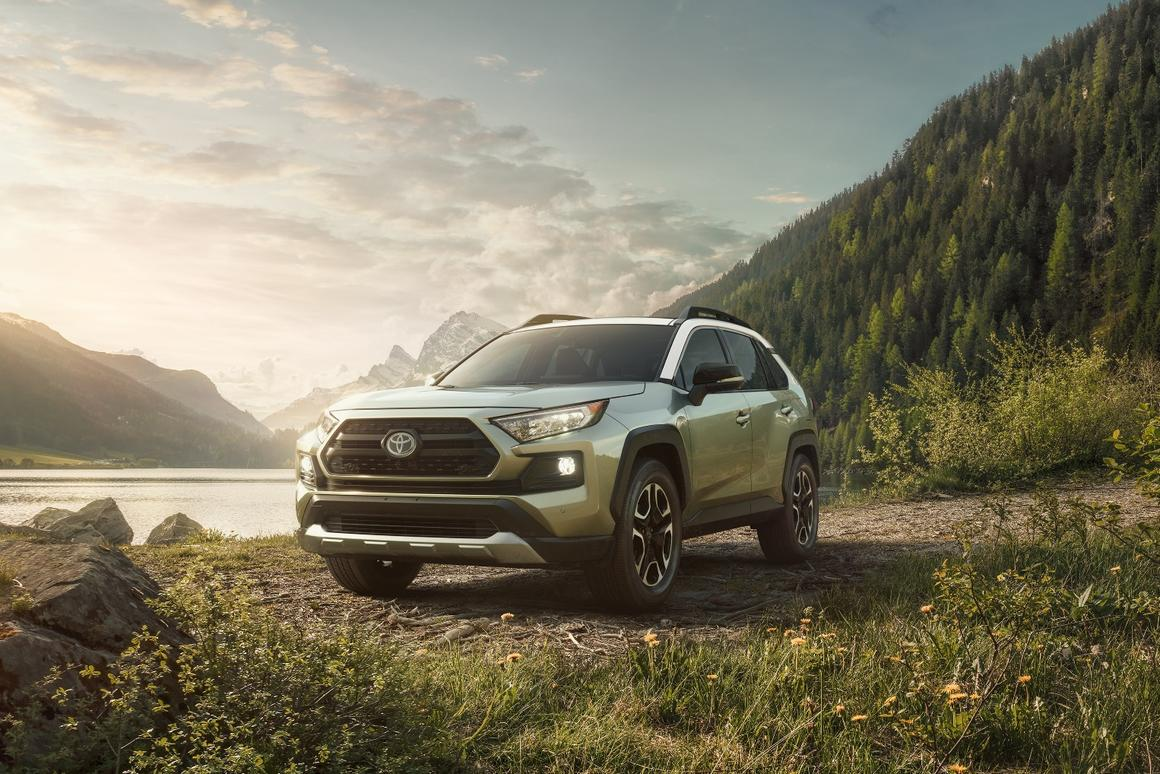 Toyota unveils new, more capable 2019 RAV4 at New York show