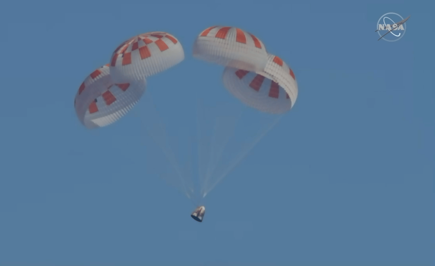 Demo-1 deploying parachutes
