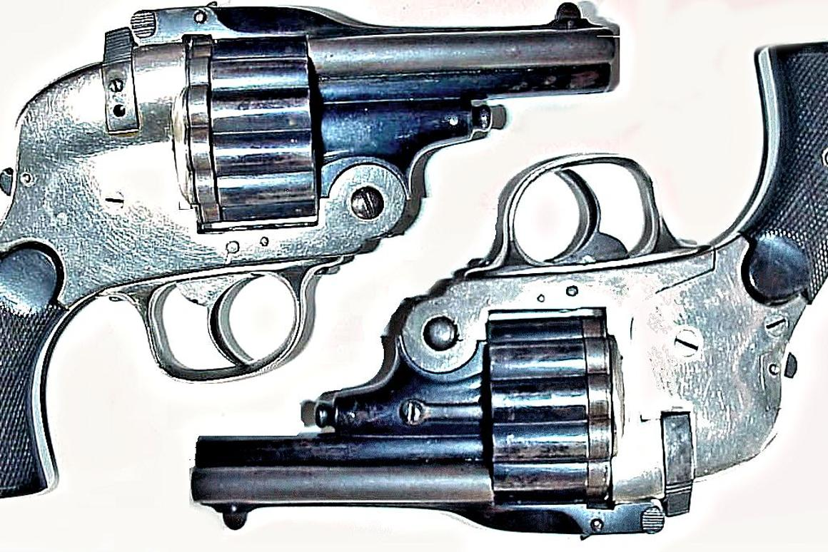 The Pistola con Caricato is a three-barreled revolver with 18 chambers in 6.35 x 16 mm semi-rimmed caliber (Photo: Horst Held)