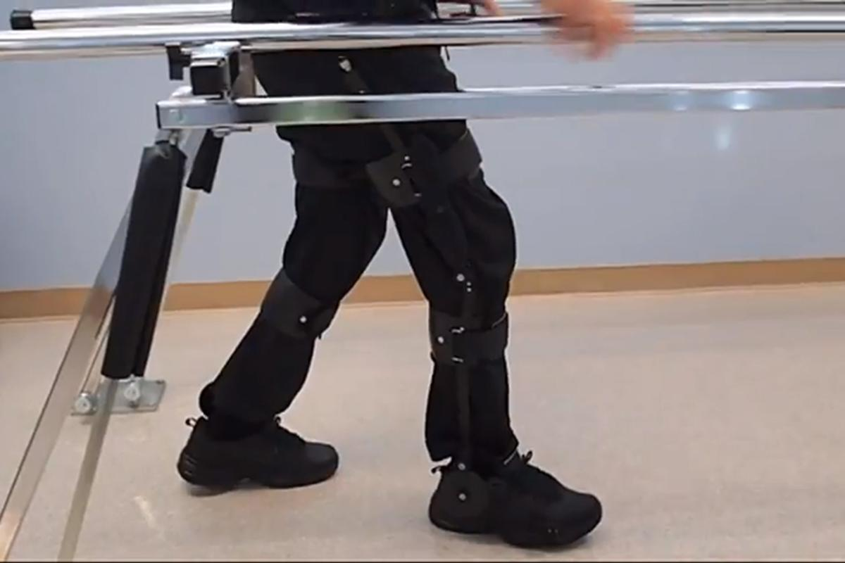 The Kickstart uses kinetic energy to help improve the gait of people who have difficulty walking