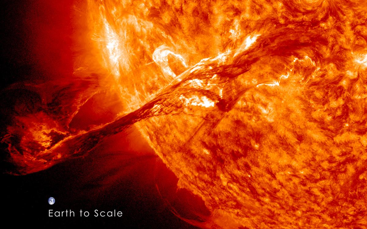 August 31, 2012: A solar filament erupts out into space (Image: NASA/GSFC/SDO)
