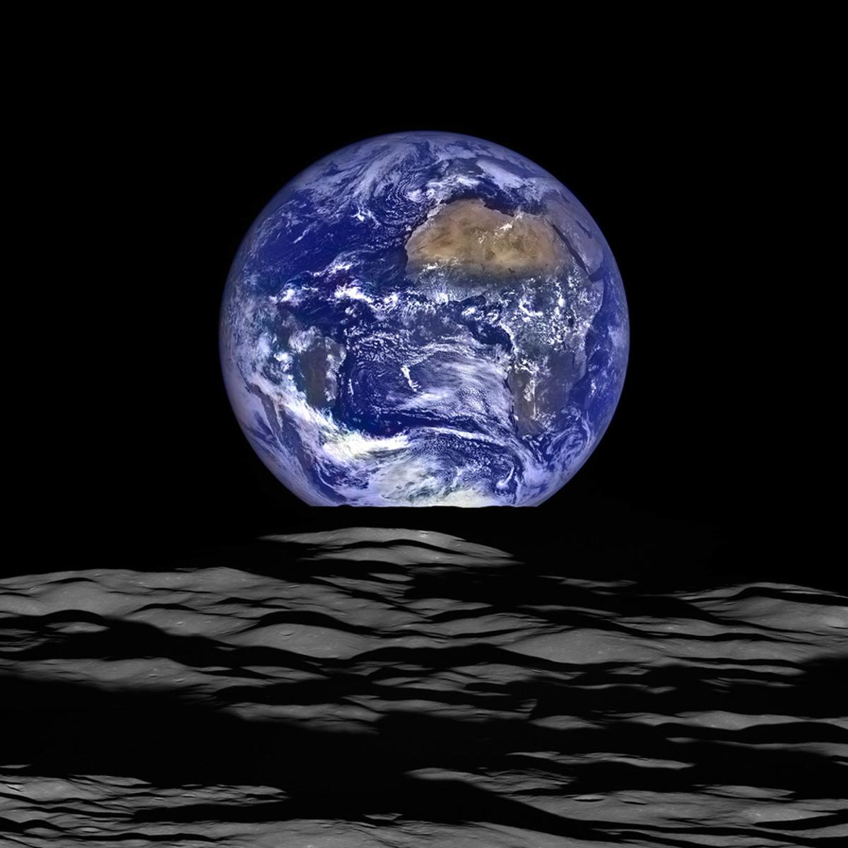 Isotope analysis indicates that Earth's water may have arrived when the Moon was formed