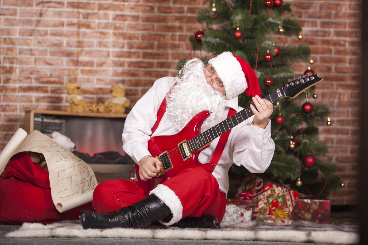 A handful of last minute gift ideas to keep musicians happy this holiday season