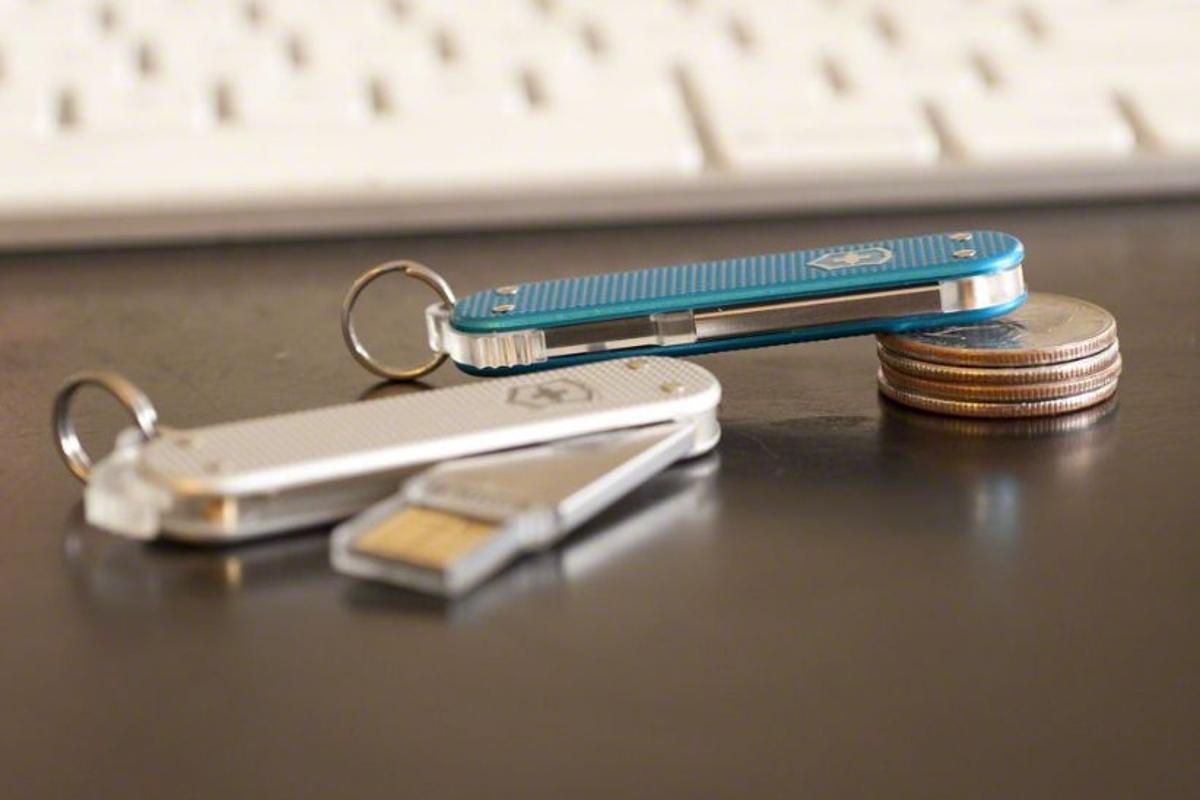 Victorinox has released its Slim Flash and Slim Duo rugged, detachable USB flash drive