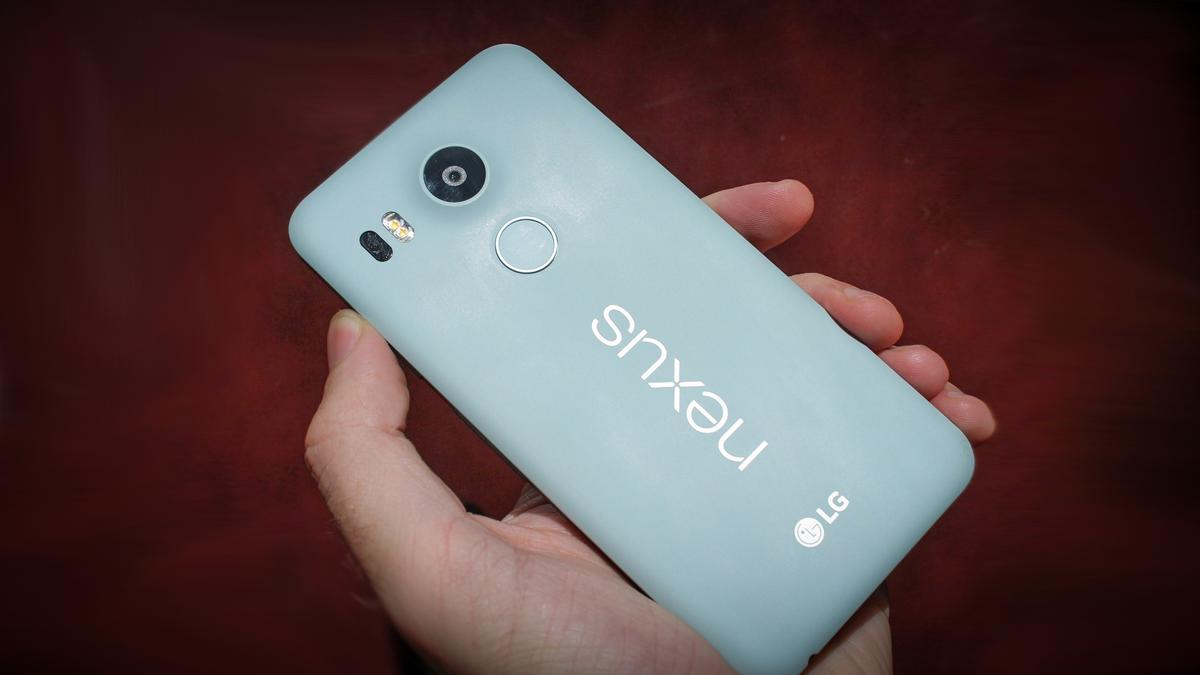 Nexus 5X: Is Google trying to simultaneously re-capture the magic of the Nexus 5, while offering phablet fans a choice?