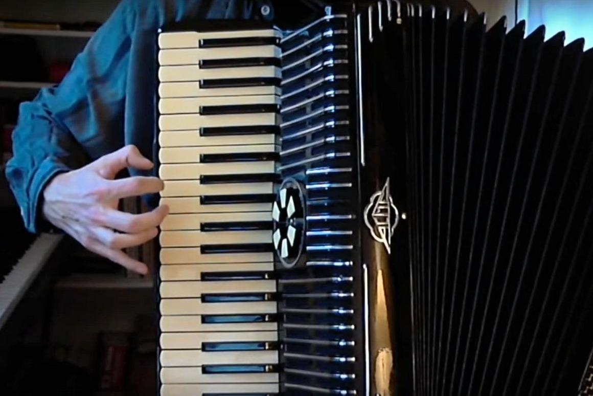 Acoustic accordion MIDIfied for the digital age