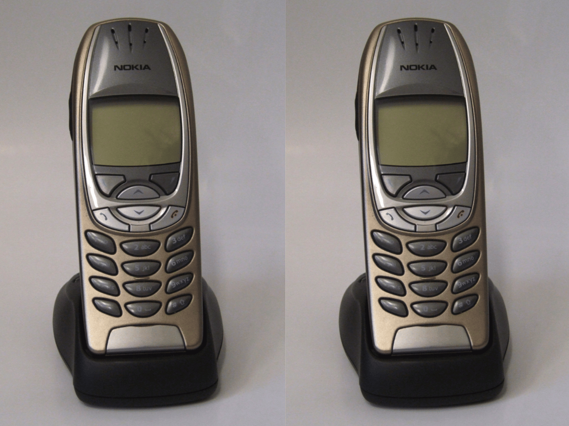 TheNokia 6310i in its charging dock