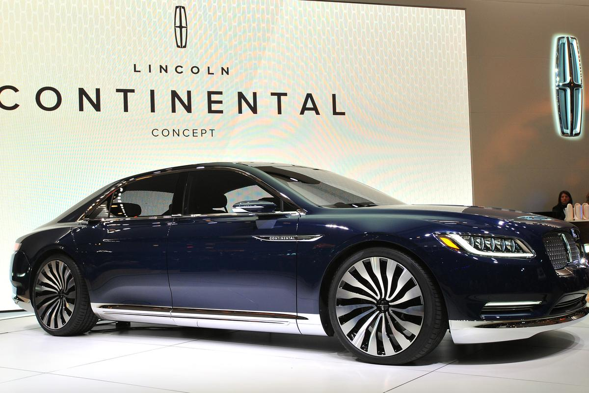The Lincoln Continental debuts at the 2015 NY Auto Show