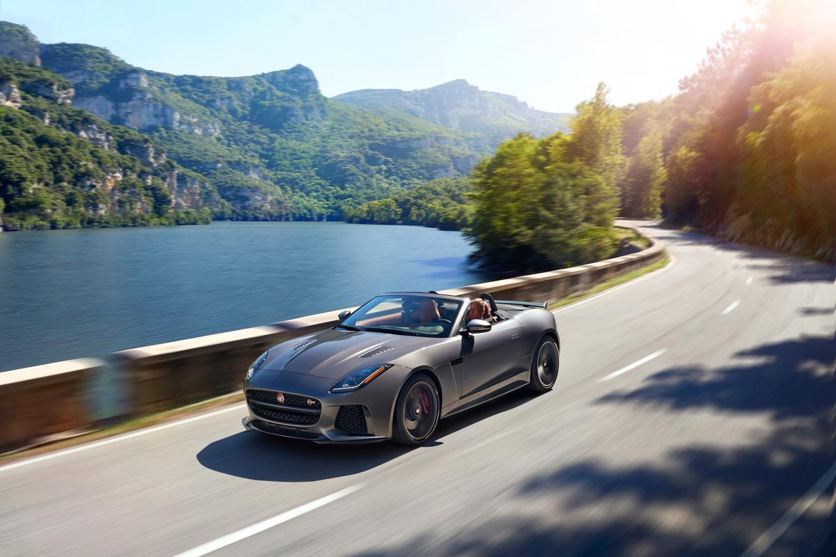 The Jaguar F-Type SVR débuts in Geneva on March 1