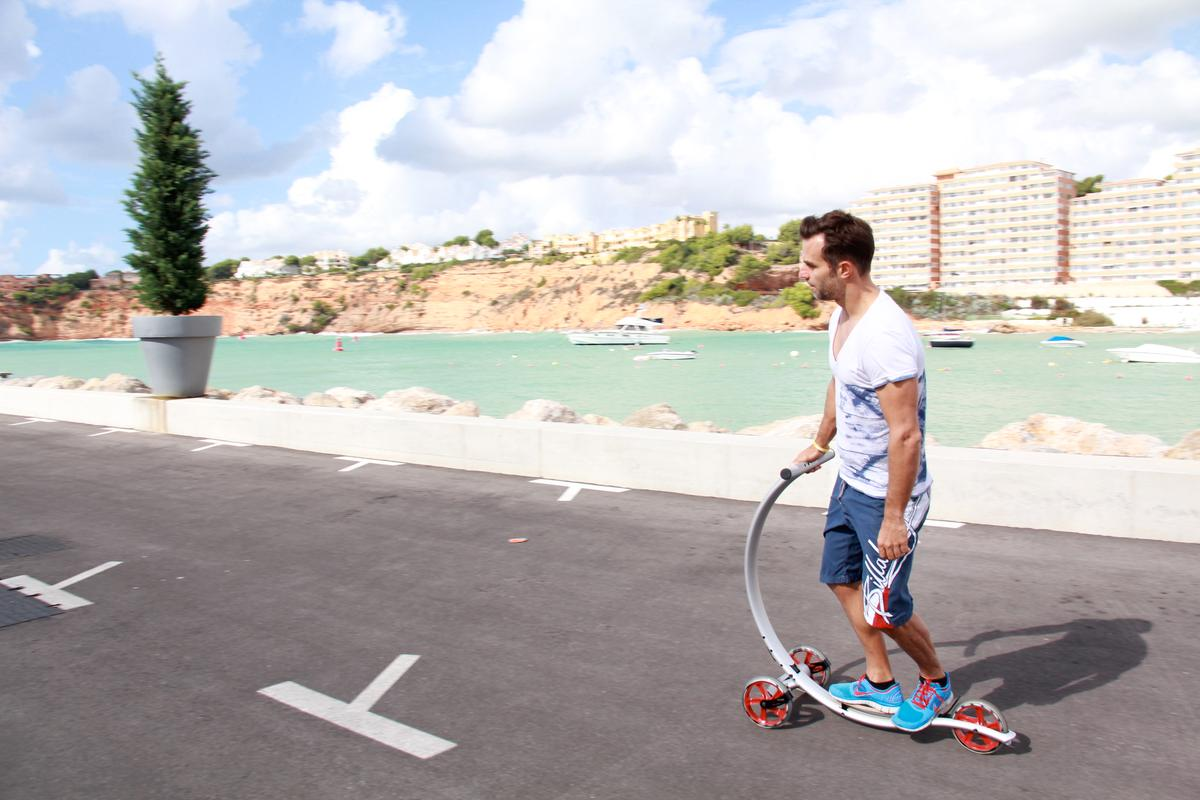 The Cycon Circleboard puts a new spin on scooter design
