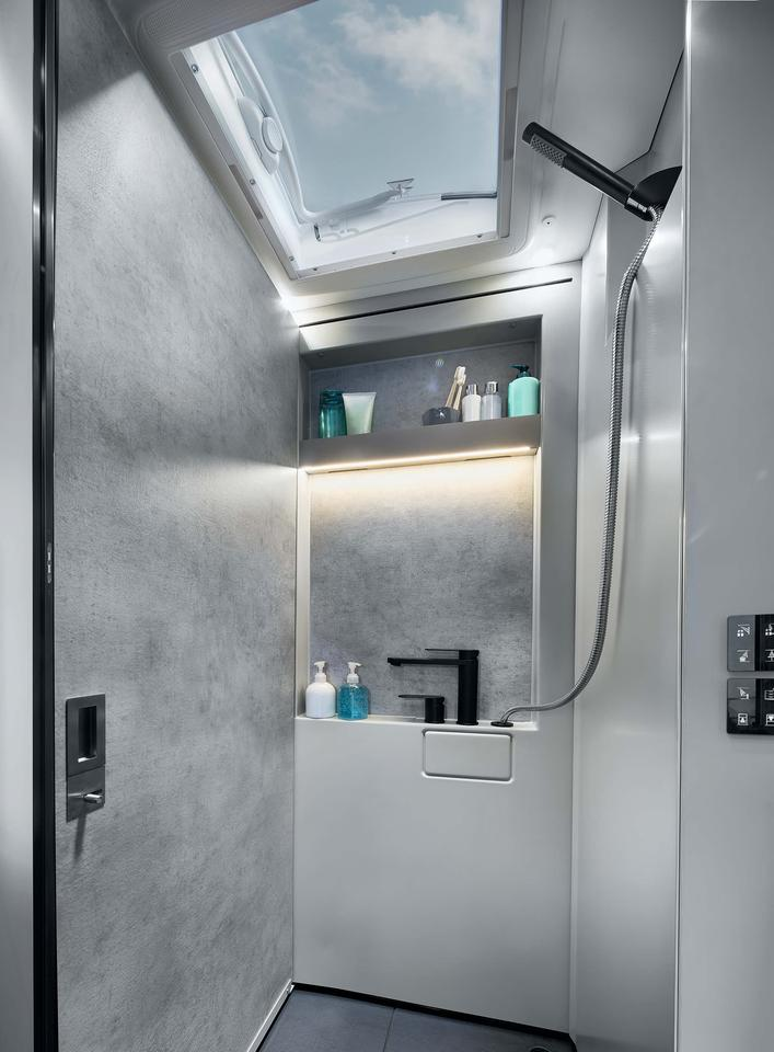Shown here in shower configuration, with the sliding wall pushed to the left, the bathroom is a big highlight of the iSmove