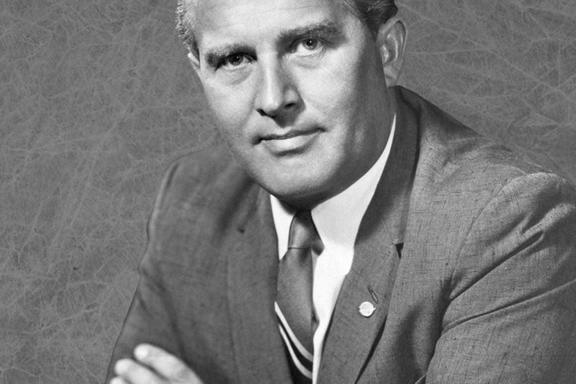 The Man Will Conquer Space Soon! auction includes signed technical sketches by rocket technology and space science pioneerWernhervon Braun