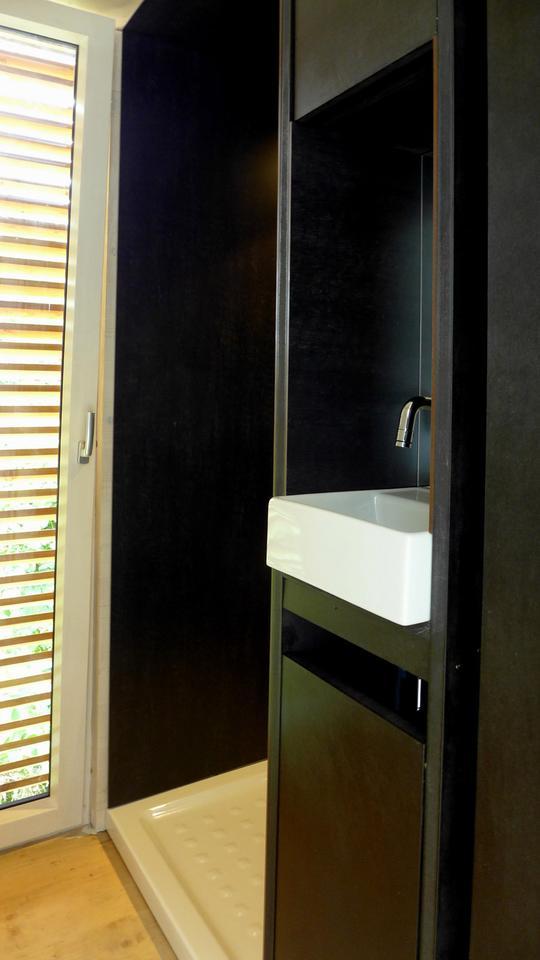 The bathroom/wet room area (Photo: Gerhard Feldbacher)
