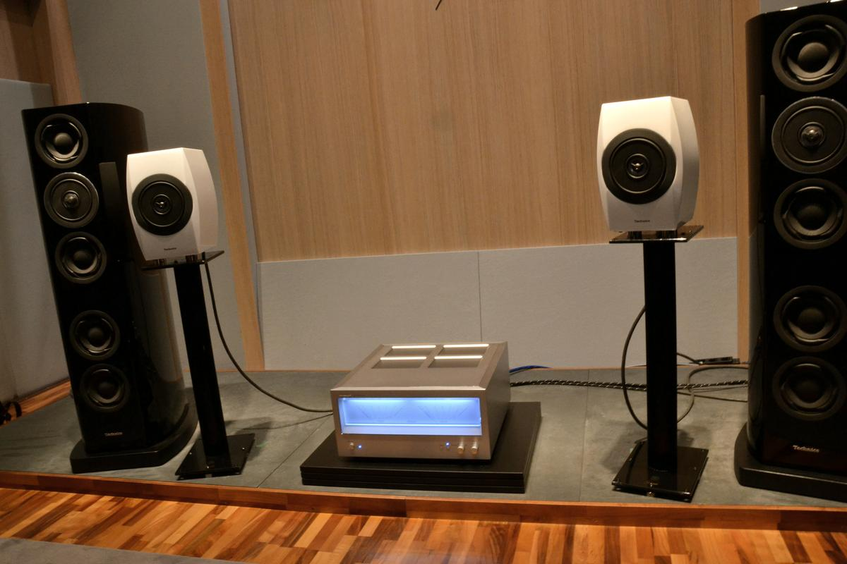 The Reference Class system ready for a listening demo (Photo: Paul Ridden/Gizmag)