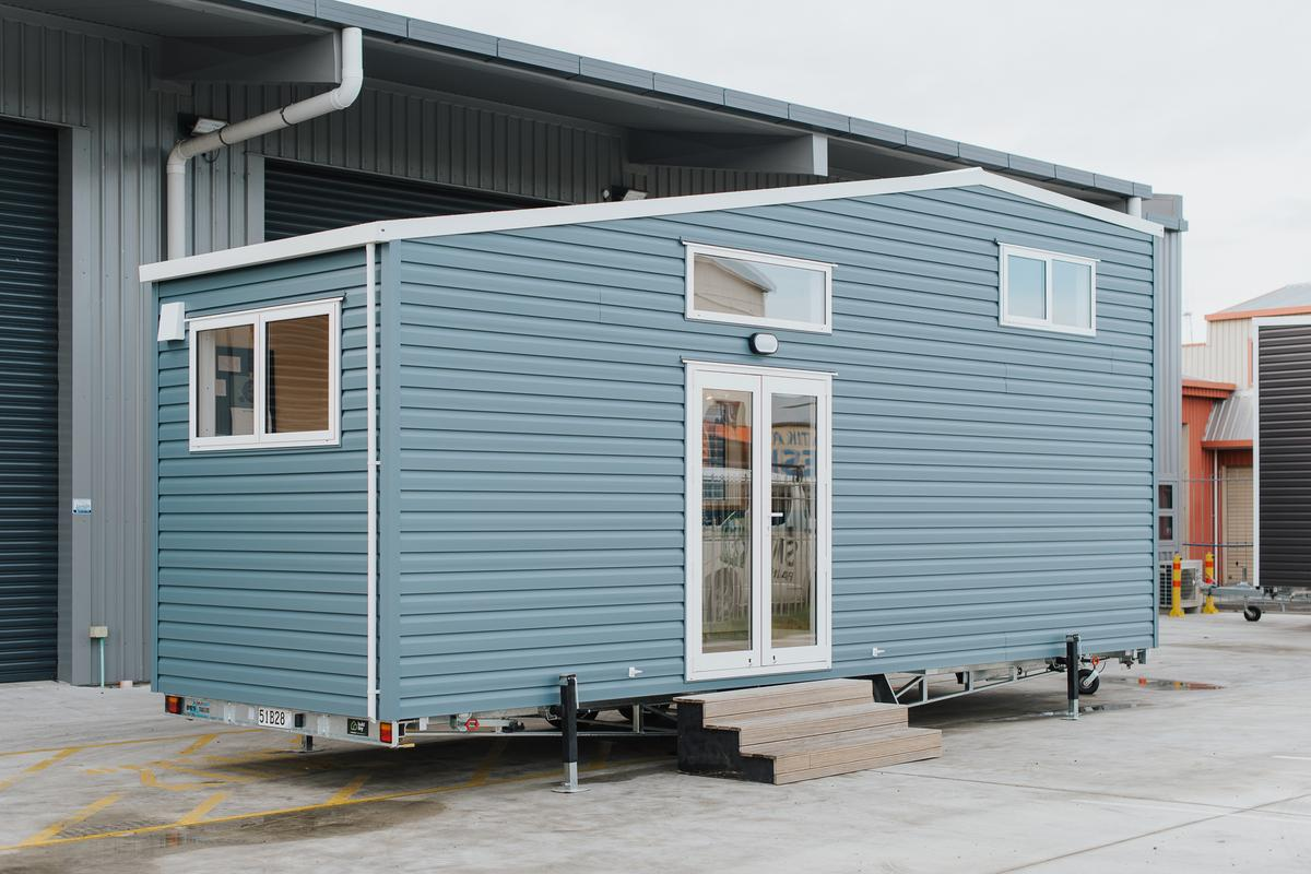 The Total Grace squeezes a home and a home office into a total length of 8 m (26 ft)