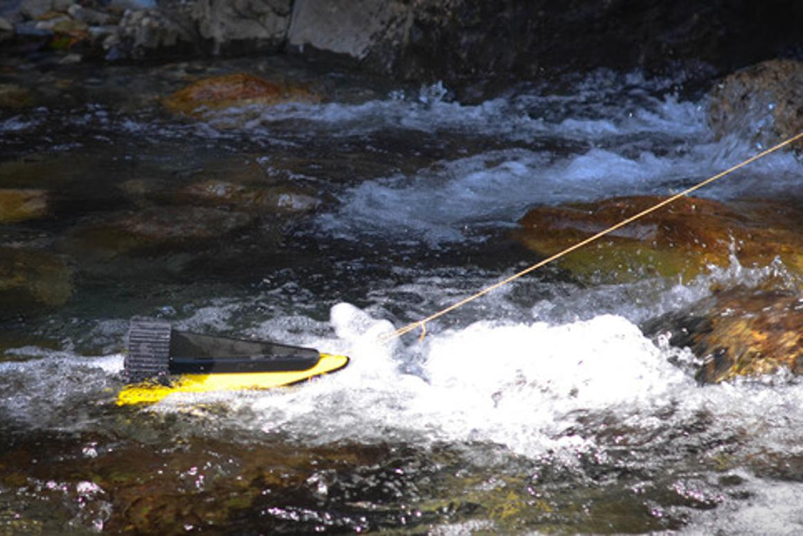 The HydroBee generates electricity using the current of a stream or river