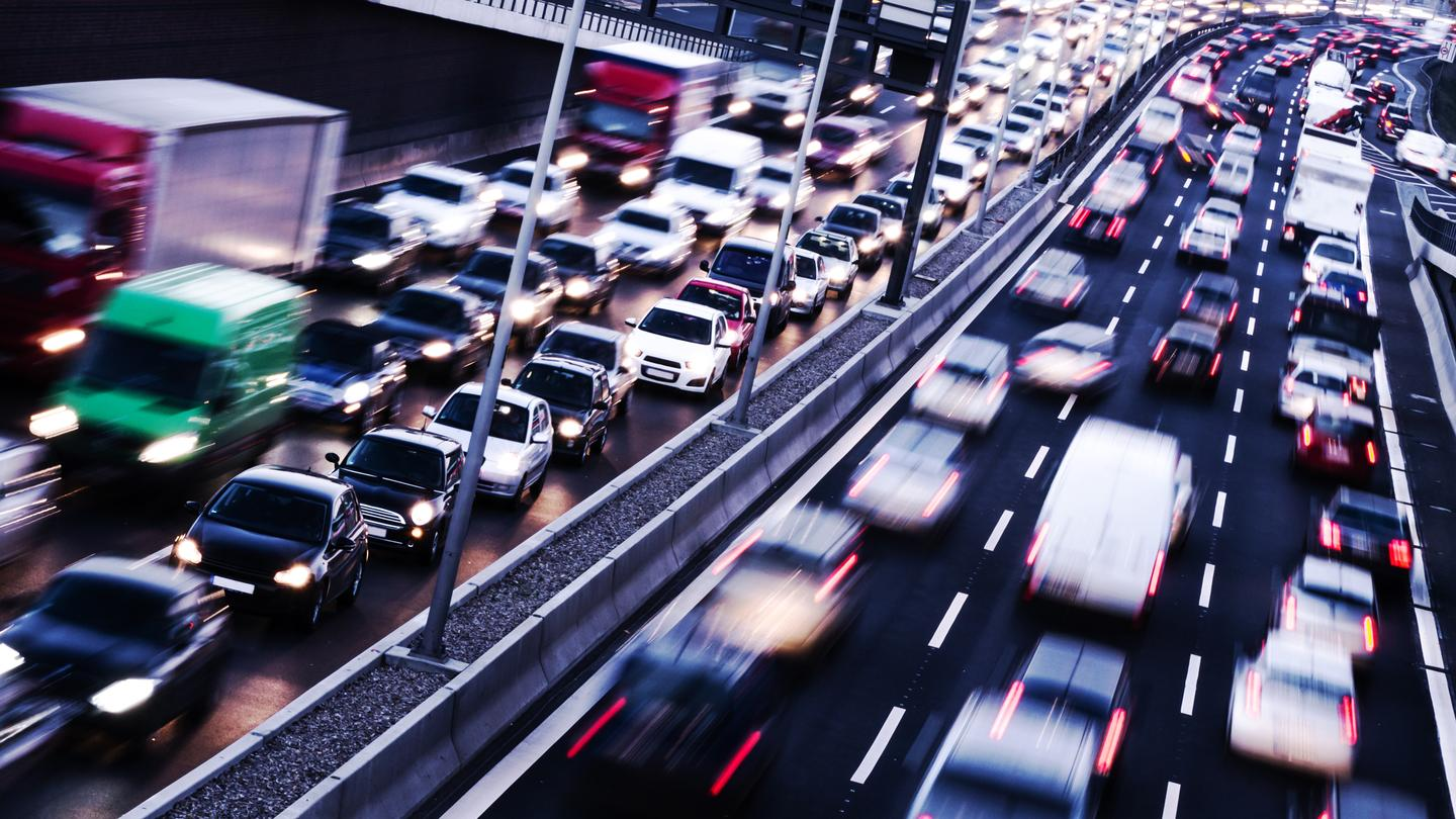 An algorithm developed by an MIT professor could be applied to a modified Adaptive Cruise Control (ACC) system to help eliminate such traffic jams (Photo: Shutterstock)