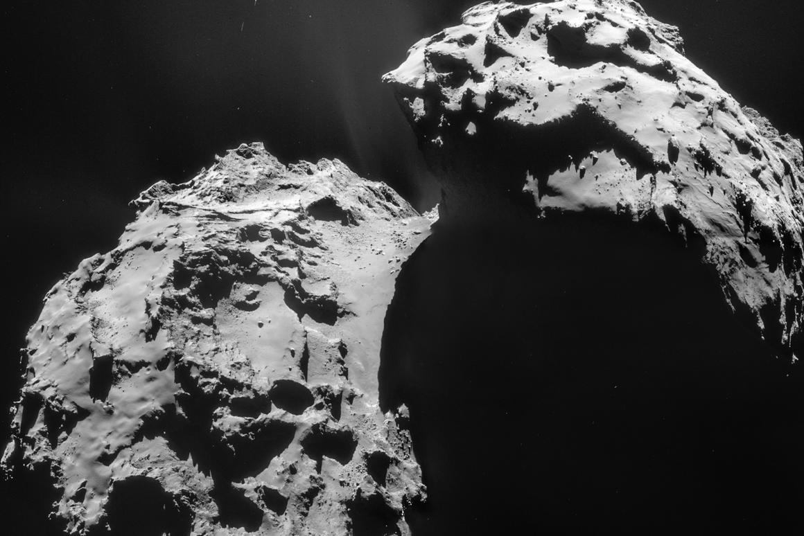 Four-image mosaic of Comet 67P/Churyumov-Gerasimenko snapped by Rosetta on Jan. 21 (Image: ESA/Rosetta/NAVCAM – CC BY-SA IGO 3.0)