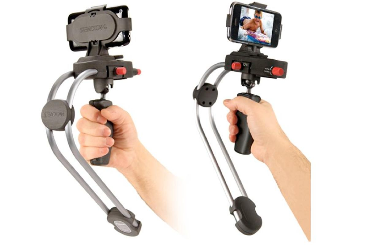 The Steadicam Smoothee uses the same principles as full-sized Steadicams to smooth the shakes out of footage shot by mobile phones and pocket camcorders