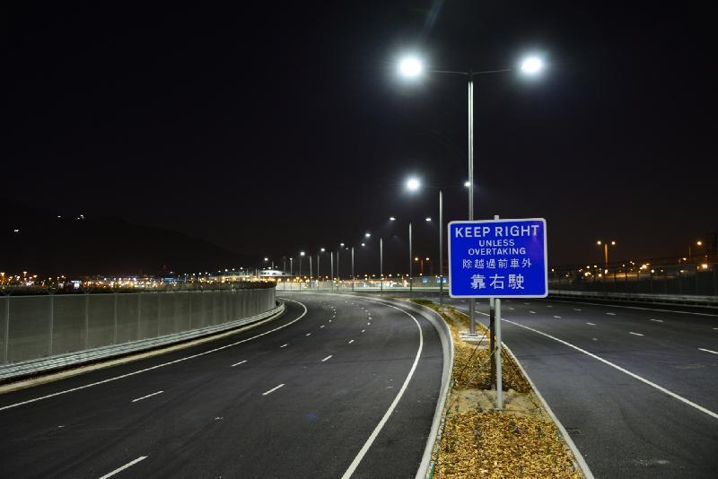 TheHong Kong-Zhuhai-Macau Bridge cost15.73 billion RMB(around US$20 billion)