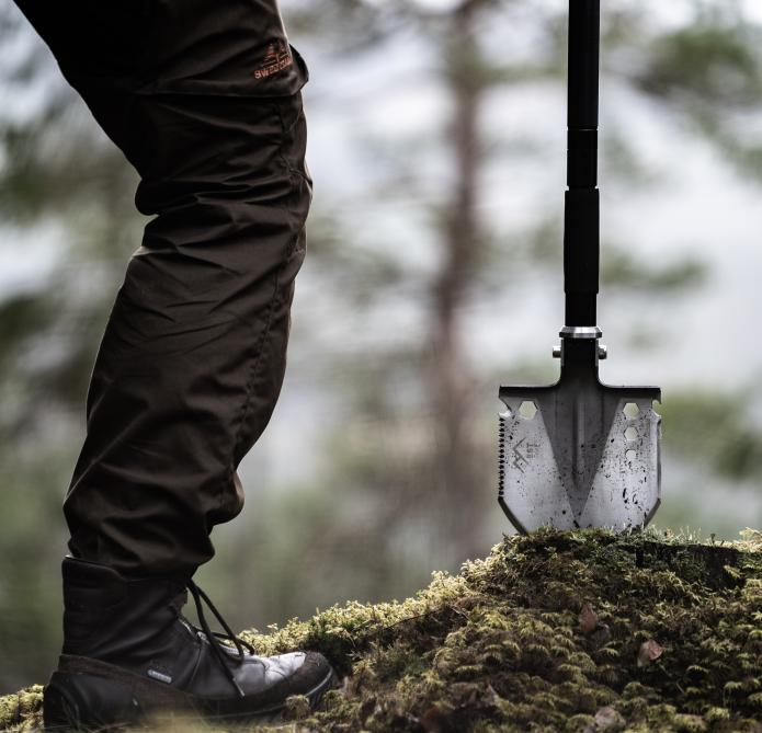 The EST Shovel is an adventure tool that is, first and foremost, a shovel