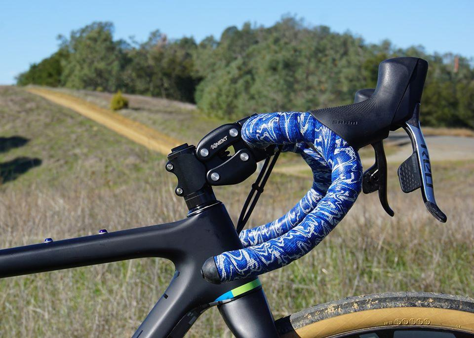 The Kinekt Suspension Stem is presently on Kickstarter