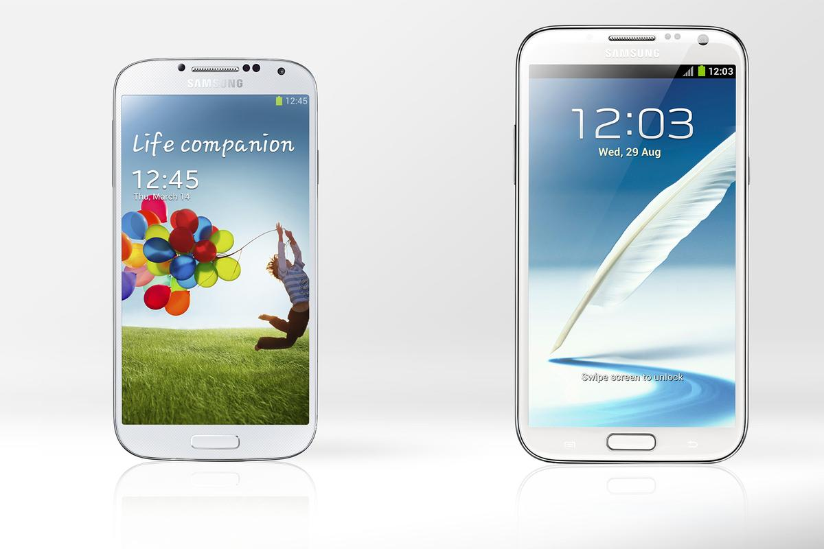 Gizmag compares the specs and features of the Samsung Galaxy S4 and Galaxy Note 2