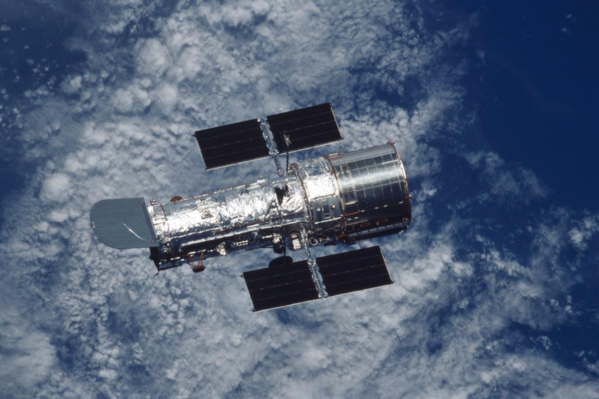 NASA has been given two ex-spy satellites with optics superior to those of the Hubble Space Telescope seen here (Photo: NASA)