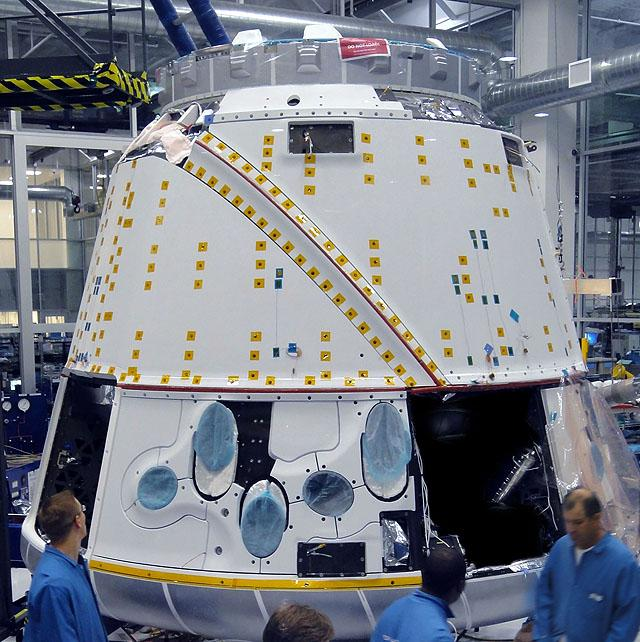 SpaceX's Dragon space capsule (Photo: Roger Gilbertson/SpaceX)