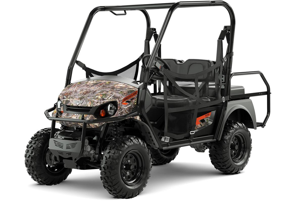 Textron Off-Road offers the 2018Prowler EV in two versions, with the most expensive iS featuring independent suspension atboth ends