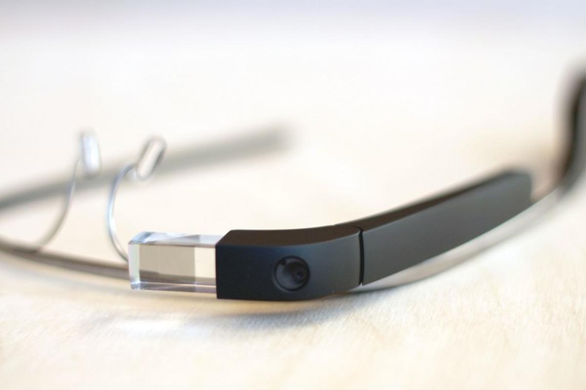Cardiologists have used Google Glass to aid them in unblocking a coronary artery in a 49-year-old male