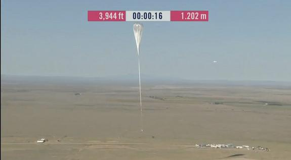 Liftoff of the Red Bull Stratos balloon and capsule (Photo: Red Bull Stratos)