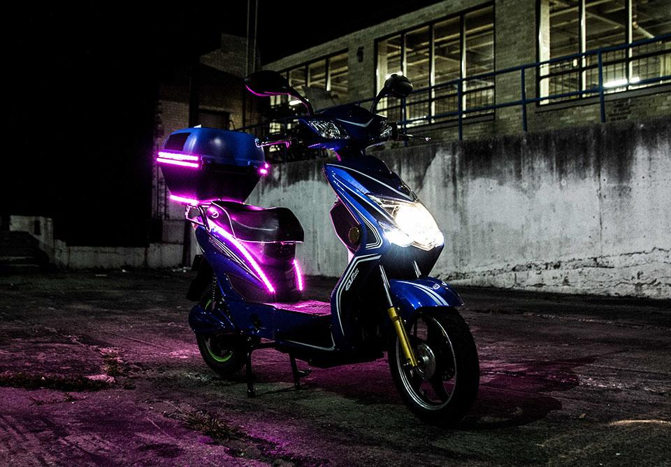 Deluxe and Ultimate editions of the Chameleon come with a rear-mounted storage box fitted with 15 W PV panels and programmable RGB LED light strips