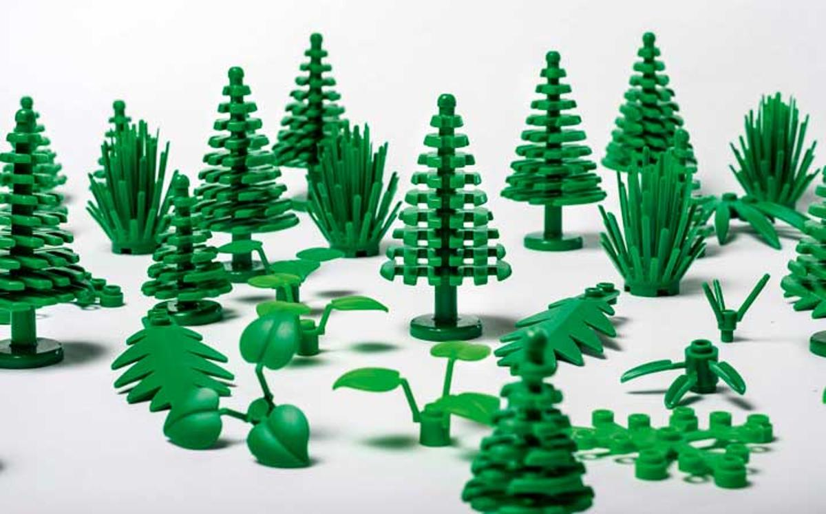Lego says thenewpieces made with sugarcane ethanolmake up between one and two percent of the total plastic pieces it produces