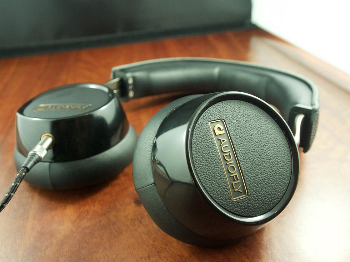 Stylish detailing of the Audiofly AF240 Headphones