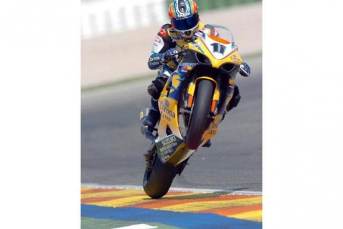 Corser played for the final laps of both races, drifting, wheelying and smoking the bags up