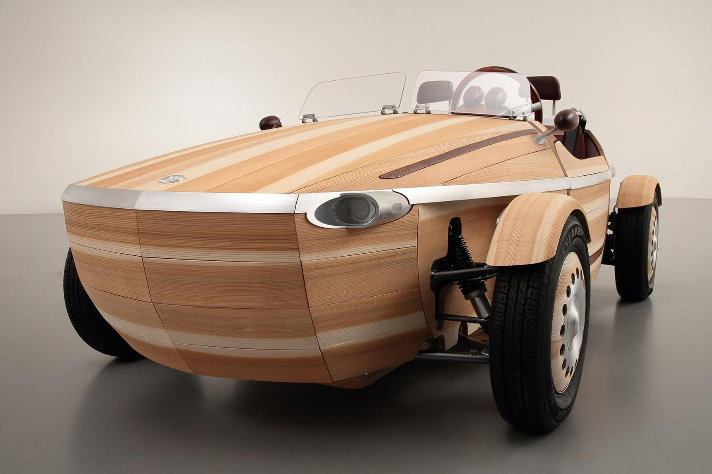 Debuting in April at Milan Design Week, the Toyota Setsuna concept is a wooden masterpiece that combines this timeless material with a 100-year chronograph