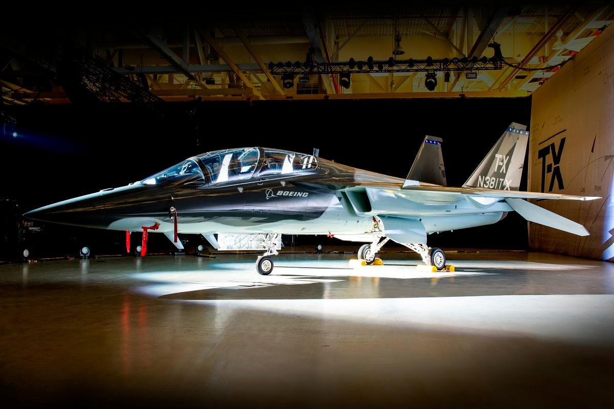 The Boeing/Saab T-X will compete to replace the US Air Force's fleet of 400 T-38 jet trainers