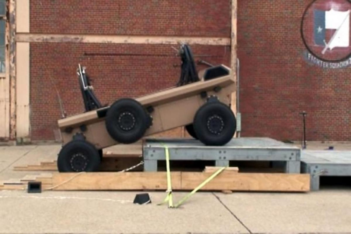 6x6 independent articulated suspension