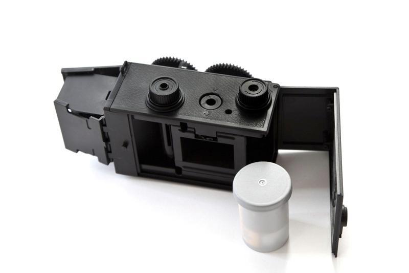 The twin lens kit camera shoots in portrait mode(Image: Photojojo)