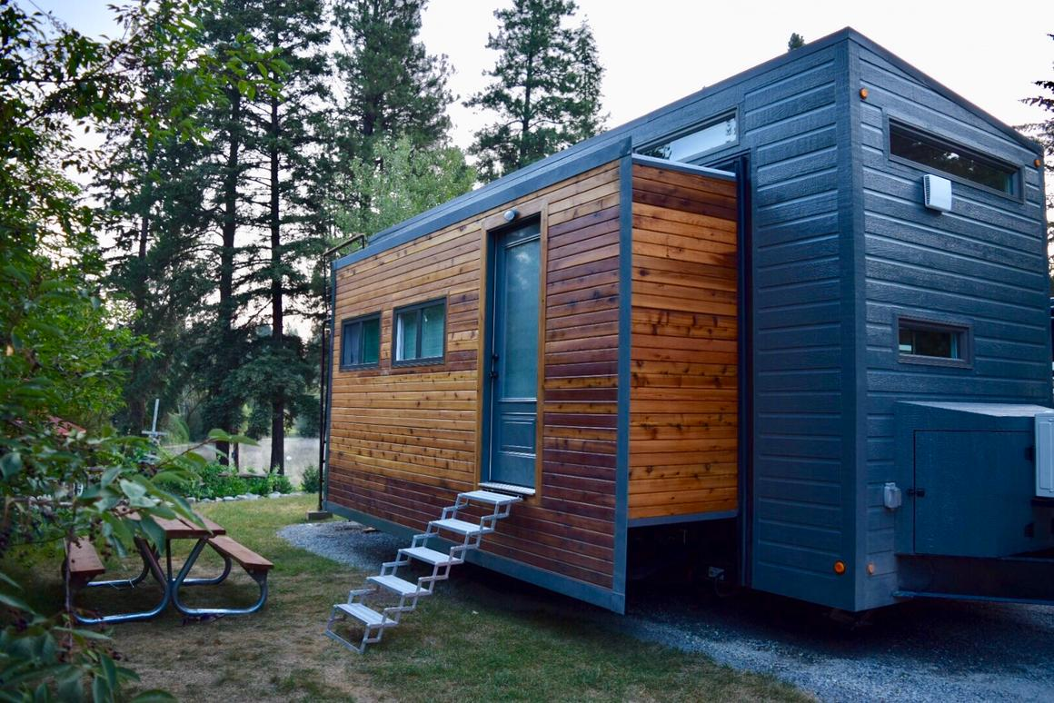 Interview: Living in an expanding, off-grid tiny house on tv house plans, condo house plans, heavy duty house plans, raised roof home, windows house plans, flat house plans, raised roof kitchen, raised roof construction, garage house plans, floor house plans, raised roof design,