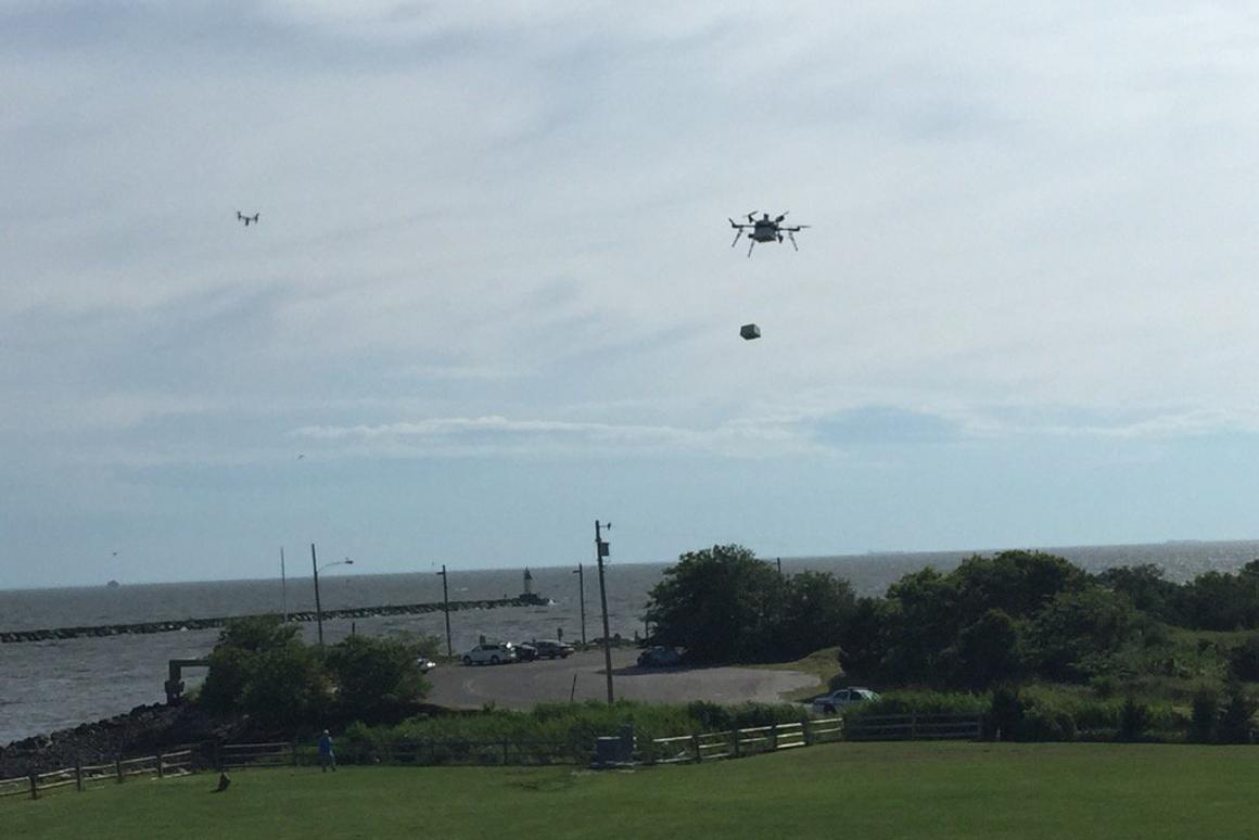 Flirtey's delivery drone in action
