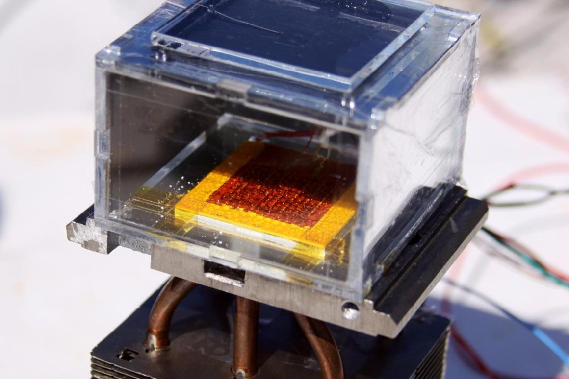 The key component of the solar-powered water harvester is the metal organic framework (in red) that is able to capture water molecules even in low humidity conditions