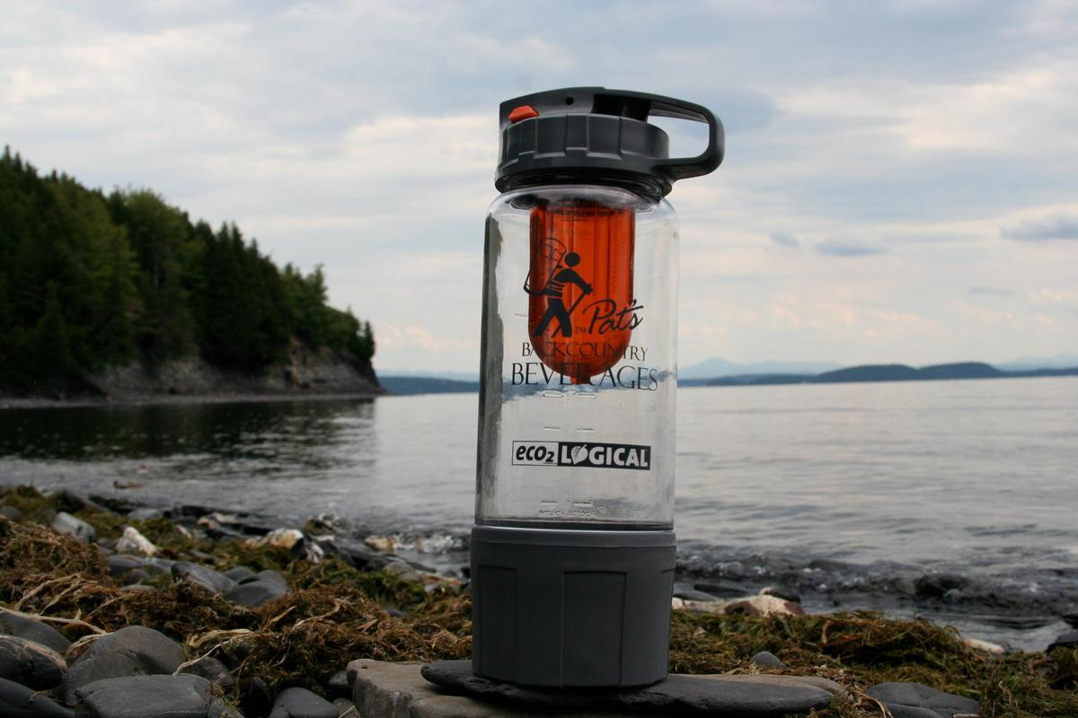 Pat's Carbonator can make beer, soda and carbonated water on the go