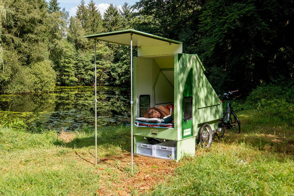 Enjoy a quiet day of reading and sightseeing with the CreaCon Scout/Tough camping trailer