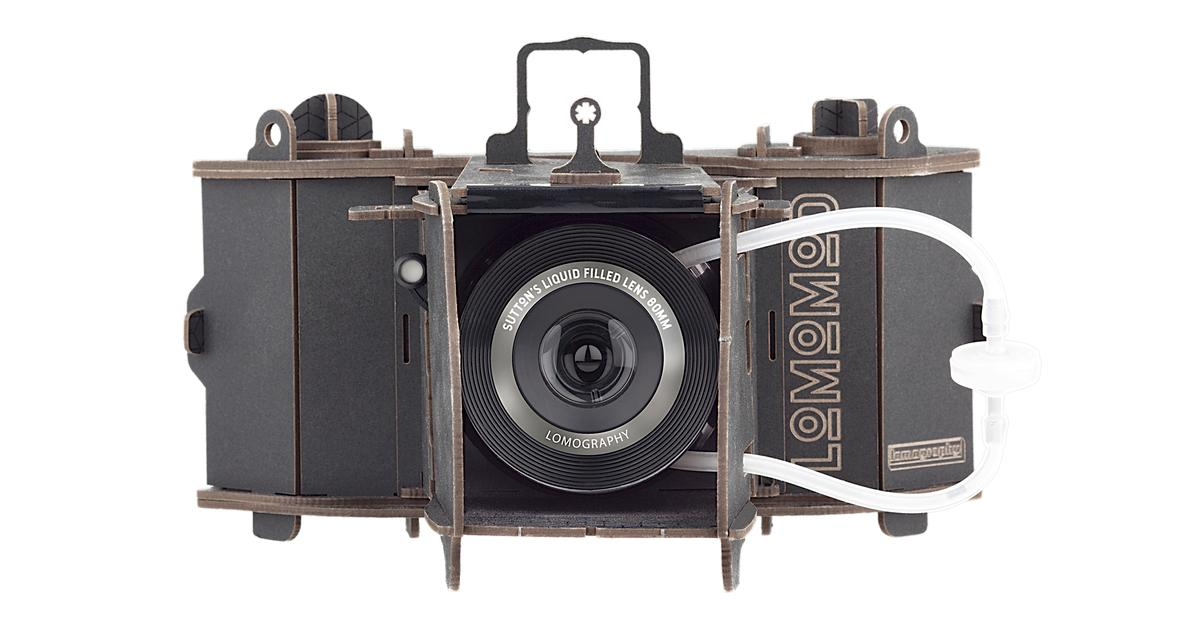 Cardboard camera kit comes with liquid-filled lens