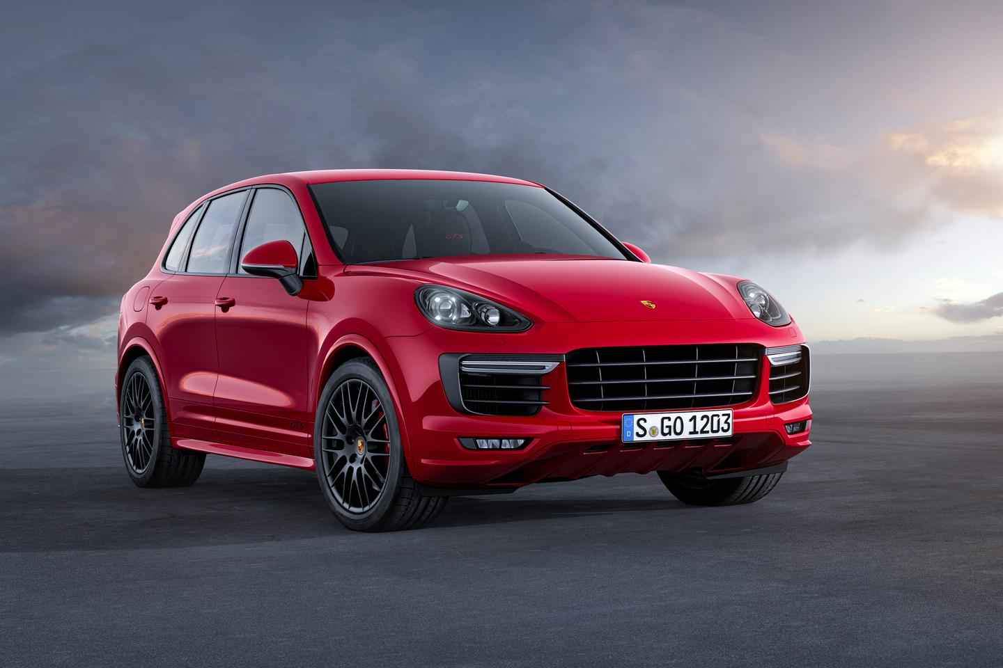 Porsche spices up Cayenne GTS with twin-turbo V6 engine